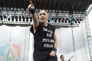 The Dead Milkmen performing at Riot Fest Toronto 2015 at Downsview Park in Toronto, ON on Sept. 19, 2015. (Photo: Alyssa Balistreri/Aesthetic Magazine)