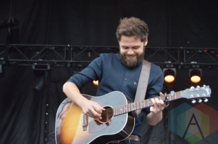 Passenger performing at TURF 2015 in Toronto, ON, on Sept. 19, 2015. (Photo: Justin Roth/Aesthetic Magazine)
