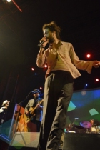 Edward Sharpe and the Magnetic Zeros performing at TURF 2015 in Toronto, ON, on Sept. 19, 2015. (Photo: Justin Roth/Aesthetic Magazine)