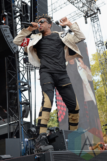 Vic Mensa performing at the 2015 Budweiser Made in America Festival at Benjamin Franklin Parkway on Sept. 5, 2015 in Philadelphia, PA. (Photo: Kevin Mazur/Getty)