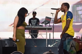 Nicki Minaj (L) performing with Meek Mill at the 2015 Budweiser Made in America Festival at Benjamin Franklin Parkway on Sept. 5, 2015 in Philadelphia, PA. (Photo: Kevin Mazur/Getty)