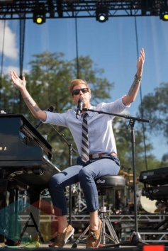 Andrew McMahon In The Wilderness performing at Riot Fest Chicago in Chicago, IL on Sept. 13, 2015. (Photo: Katie Kuropas/Aesthetic Magazine)