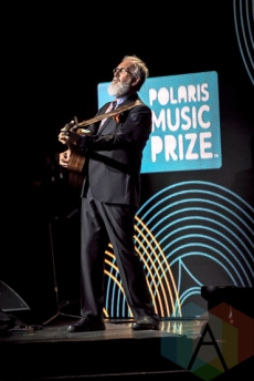 Fred Penner performing at the 2015 Polaris Music Prize gala in Toronto, ON on Sept 21, 2015. (Photo: Angelo Marchini/Aesthetic Magazine)