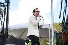 Baio performing at the Treasure Island Music Festival in San Francisco on October 17, 2015. (Photo: Raymond Ahner/Aesthetic Magazine)
