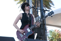 Ex Hex performing at the Treasure Island Music Festival in San Francisco on October 18, 2015. (Photo: Raymond Ahner/Aesthetic Magazine)