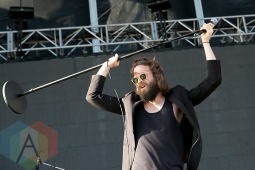Father John Misty performing at the Treasure Island Music Festival in San Francisco on October 18, 2015. (Photo: Raymond Ahner/Aesthetic Magazine)