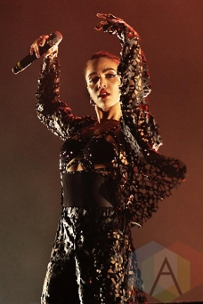 FKA Twigs performing at the Treasure Island Music Festival in San Francisco on October 17, 2015. (Photo: Gary Chancer/Aesthetic Magazine)