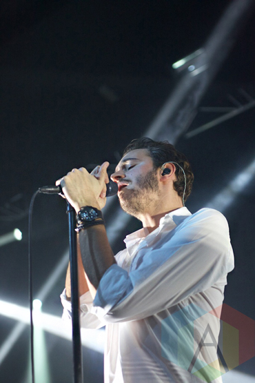 Editors performing at Manchester Academy in Manchester, UK on October 22, 2015. (Photo: Priti Shikotra/Aesthetic Magazine)