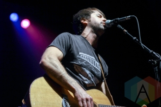 Chris Cavanaugh performing at The Danforth Music Hall in Toronto on August 17, 2015. (Photo: Theresa Shim/Aesthetic Magazine)