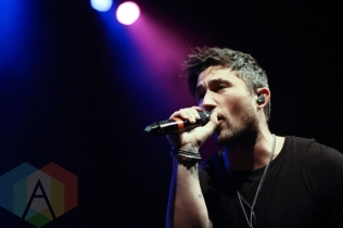 Michael Ray performing at The Danforth Music Hall in Toronto on August 17, 2015. (Photo: Theresa Shim/Aesthetic Magazine)