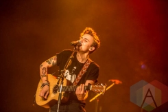 Scott Helman performing at the Vogue Theatre in Vancouver on November 13, 2015. (Photo: Amy Ray/Aesthetic Magazine)