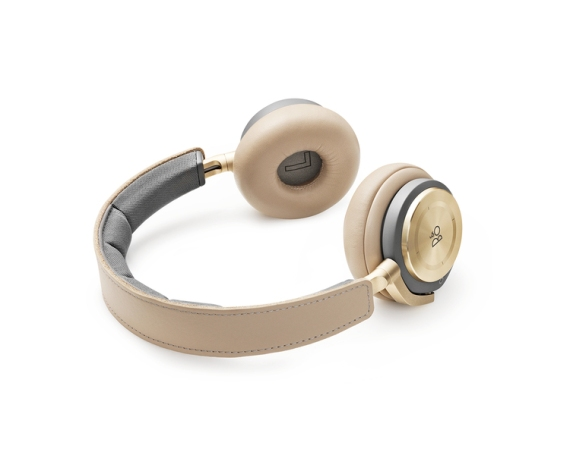 Beoplay H8 Noise Cancelling Headphones