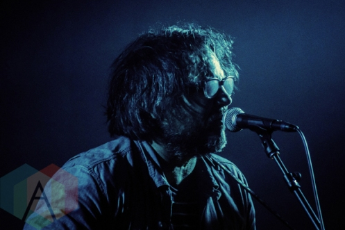 Jeff Tweedy of Wilco performing with Marrow, and Homme at Lincoln Hall in Chicago on November 27, 2015. (Photo: Joshua Mellin/Aesthetic Magazine)