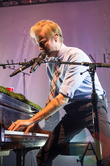 Andrew McMahon in the Wilderness performing at The Danforth Music Hall in Toronto on November 15, 2015. (Photo: Kelsey Giesbrecht/Aesthetic Magazine)