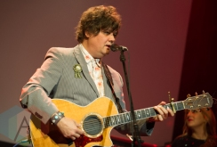 Ron Sexsmith performing at the Andy Kim Christmas Show at The Phoenix Concert Theatre in Toronto on December 9, 2015. (Photo: Orest Dorosh/Aesthetic Magazine)