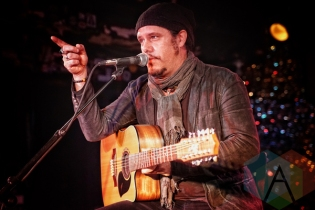 Jeff Martin of The Tea Party performing at The Horseshoe Tavern in Toronto on January 7, 2016. (Photo: Dan Fischer/Aesthetic Magazine)