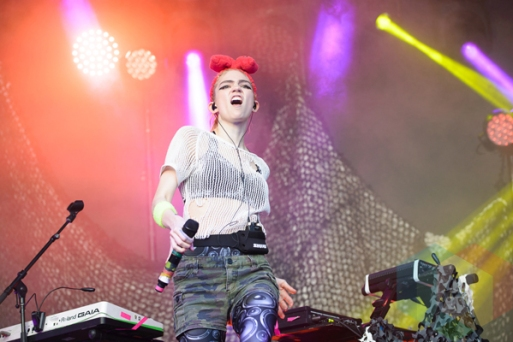Grimes performing at the 2016 Laneway Festival in Sydney, Australia on February 7, 2016. (Photo: Gwendolyn Lee/Aesthetic Magazine)