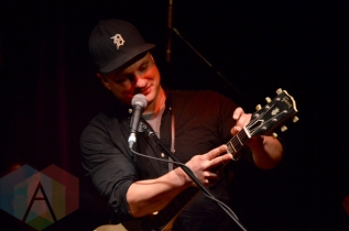 Jim Bryson performing at the Burdock Music Hall in Toronto on February 25, 2016. (Photo: Justin Roth/Aesthetic Magazine)