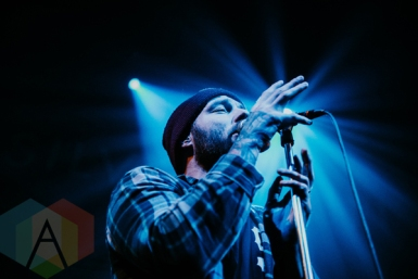 Emarosa performing at the Imperial in Vancouver on March 8, 2016. (Photo: Timothy Nguyen/Aesthetic Magazine)