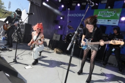 Jennifer Calvin and Jessica Clavin of Bleached performing at the Pandora Discovery Den during SXSW 2016 on March 19, 2016 in Austin, Texas. (Photo: Rachel Murray/Getty)