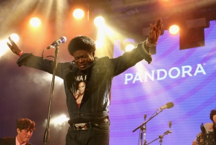 Charles Bradley performing at the Pandora Discovery Den during SXSW 2016 at The Gatsby on March 19, 2016 in Austin, Texas. (Photo: Rachel Murray/Getty)