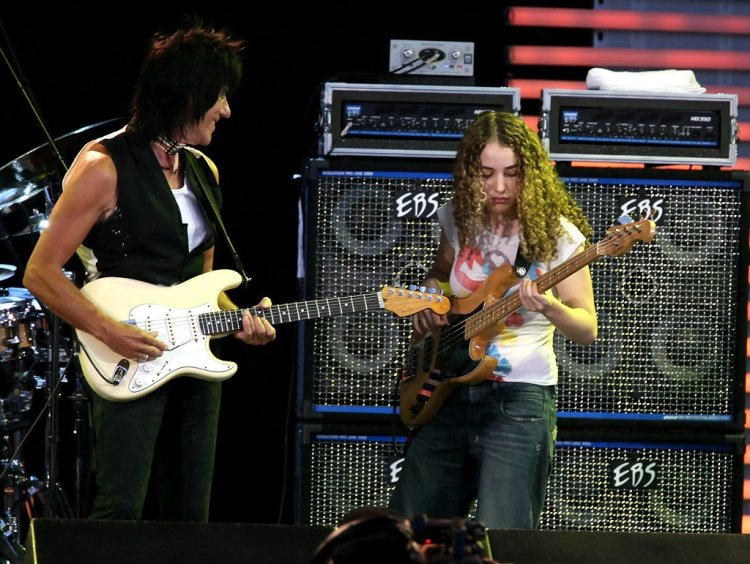 Tal Wilkenfeld performing with Jeff Beck.