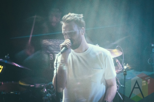 Honne performing at the Troubadour in Los Angeles on March 23, 2016. (Photo: Julio de la Torre/Aesthetic Magazine)