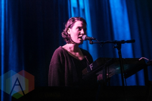 Lily and Madeleine performing at Lincoln Hall in Chicago on March 12, 2016. (Photo: Kris Cortes/Aesthetic Magazine)