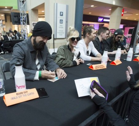 Walk Off The Earth at JUNO Fan Fare 2016 at Chinook Centre in Calgary on April 2, 2016. (Photo: CARAS)