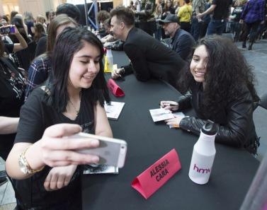 Alessia Cara at JUNO Fan Fare 2016 at Chinook Centre in Calgary on April 2, 2016. (Photo: CARAS)