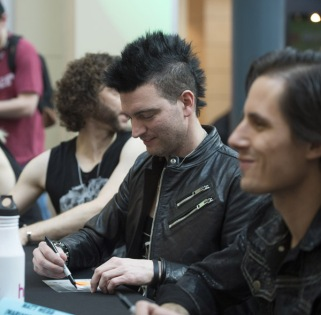 Marianas Trench at JUNO Fan Fare 2016 at Chinook Centre in Calgary on April 2, 2016. (Photo: CARAS)