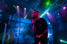 Issues performing at the House of Blues in Chicago on April 18, 2016. (Photo: Rob Haberman/Aesthetic Magazine)