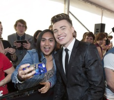 Shawn Hook on the red carpet at the 2016 JUNO Awards at Scotiabank Saddledome in Calgary on April 3, 2016. (Photo: CARAS)