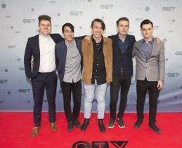 Derrival on the red carpet at the 2016 JUNO Awards at Scotiabank Saddledome in Calgary on April 3, 2016. (Photo: CARAS)