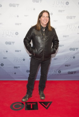 Alan Doyle on the red carpet at the 2016 JUNO Awards at Scotiabank Saddledome in Calgary on April 3, 2016. (Photo: CARAS)