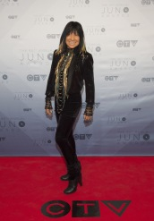 Buffy Sainte-Marie on the red carpet at the 2016 JUNO Awards at Scotiabank Saddledome in Calgary on April 3, 2016. (Photo: CARAS)