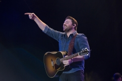 Chris Young performing on the Toyota Mane Stage at the Stagecoach Festival on April 29, 2016. (Photo: Erik Voake/Goldenvoice)