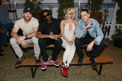 Sam Hunt, Snoop Dogg, Bebe Rexha and G-Eazy pose for a photo backstage at Stagecoach 2016 on April 29, 2016. (Photo: Joe Scarnici/Getty)