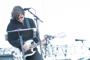 Autolux performing at Sasquatch 2016 at the Gorge Amphitheatre in George, Washington on May 29, 2016. (Photo: Matthew Lamb)