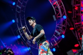 Red Hot Chili Peppers performing at BottleRock 2016 in Napa Valley, California on May 29, 2016. (Photo: Chris Carrasquillo)