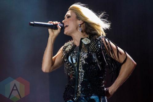 Carrie Underwood performing on the Toyota Mane Stage at the Stagecoach Festival on April 30, 2016. (Photo: Meghan Lee/Aesthetic Magazine)