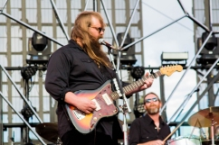 Chris Stapleton performing on the Toyota Mane Stage at the Stagecoach Festival on April 30, 2016. (Photo: Meghan Lee/Aesthetic Magazine)