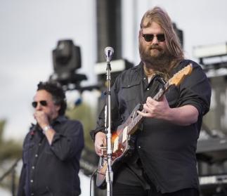Chris Stapleton performing on the Toyota Mane Stage at the Stagecoach Festival on April 30, 2016. (Photo: Erik Voake/Goldenvoice)