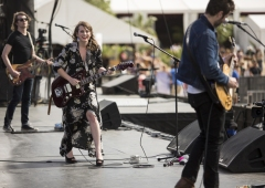 Caitlyn Smith performing on the Toyota Mane Stage at the Stagecoach Festival on April 30, 2016. (Photo: Erik Voake/Goldenvoice)