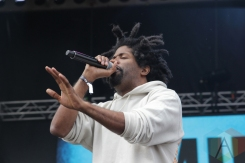 Murs and 9th Wonder performing at Soundset 2016 at the Minnesota State Fairgrounds in St. Paul on May 29, 2016. (Photo: Jeff Nelson/Aesthetic Magazine)