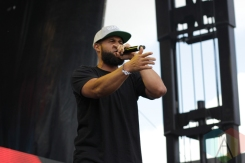 Aesop Rock and Homeboy Sandman performing at Soundset 2016 at the Minnesota State Fairgrounds in St. Paul on May 29, 2016. (Photo: Jeff Nelson/Aesthetic Magazine)