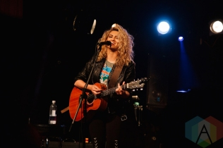 Tori Kelly performing at the Revival Bar in Toronto on May 4, 2016. (Photo: Stephan Ordonez/Aesthetic Magazine)