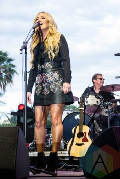 Lee Ann Womack performing on the Palomino Stage at the Stagecoach Festival on April 30, 2016. (Photo: Meghan Lee/Aesthetic Magazine)