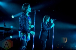 Tegan And Sara performing at the iHeartRadio Fest in Toronto on May 6, 2016. (Photo: Orest Dorosh/Aesthetic Magazine)