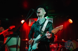 Moving Units performing at the Silver Dollar in Toronto on June 14, 2016 during NXNE 2016. (Photo: Amy Buck/Aesthetic Magazine)